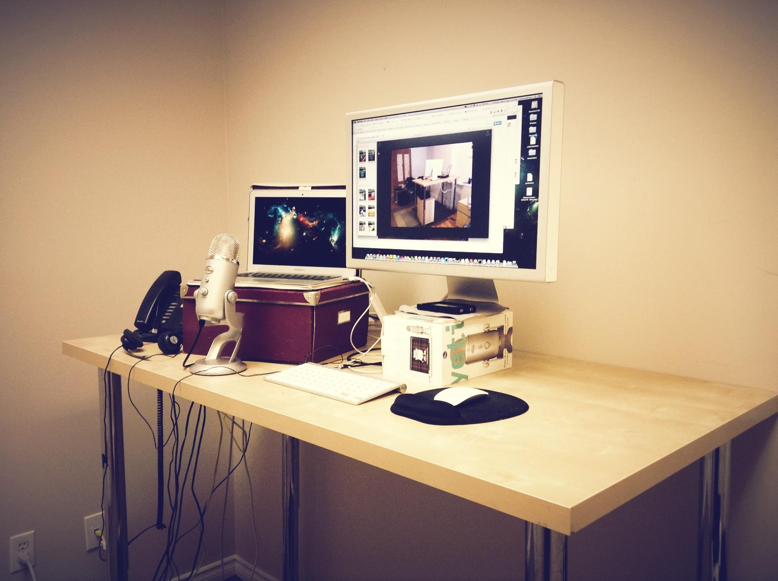 A Vika Byske Standing Desk By Mijustin