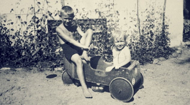 Ingvar Kamprad, Ikea founder, as a child